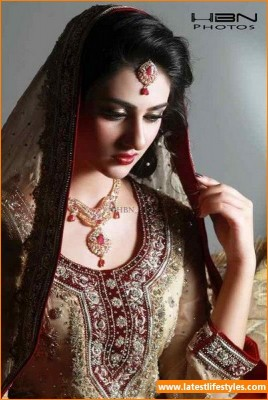 Pakistani Actress Sarah Khan Bridal PhotoShoot