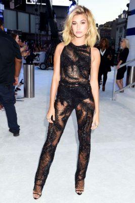 Hailey Baldwin VMA